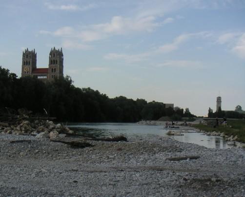 Blick flussabwärts Richtung Reichenbachbrücke