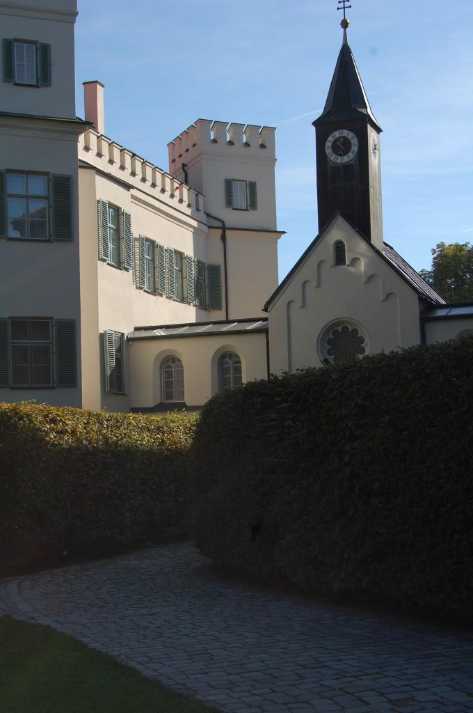 Man muss ja nicht überall seine Nase reinstecken: Schloss Possenhofen