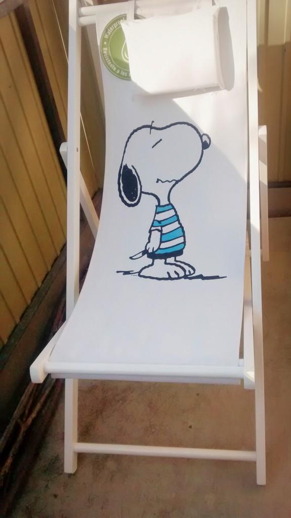 Jippie, ein Snoopy-Liegestuhl ist eingezogen